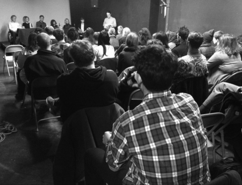 roundtable-discussion-on-art-criticism